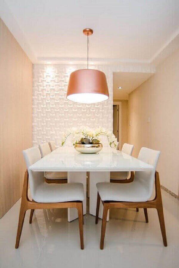 pendente sala de jantar pequena decorada com revestimento 3d para parede Foto Andrea Fonseca