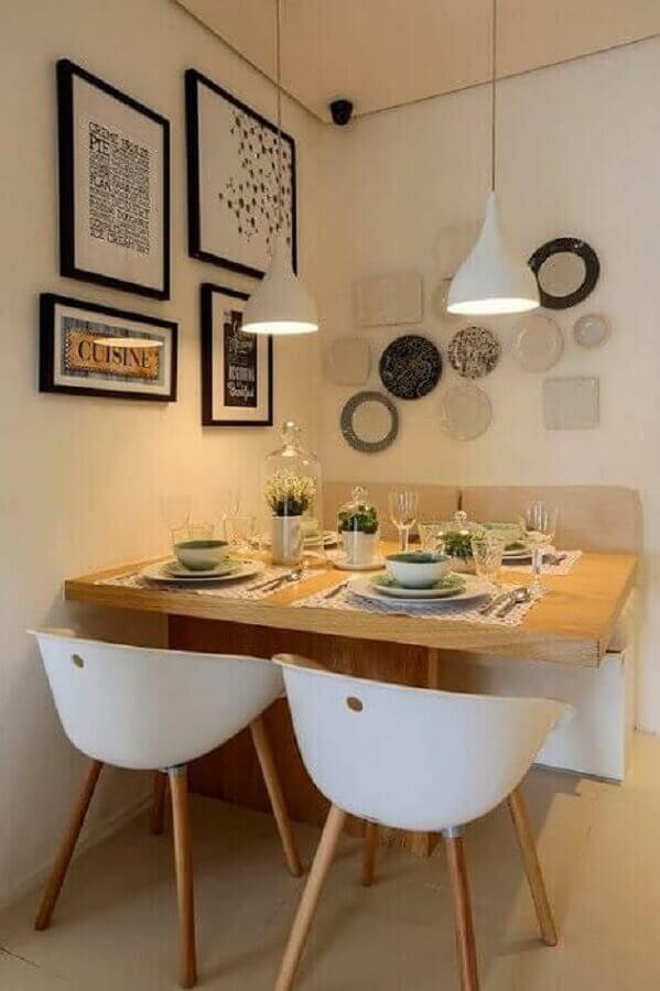 pendente sala de jantar pequena decorada em tons neutros Foto Zozu