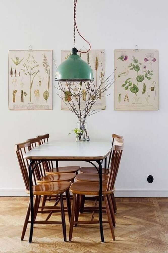 pendentes para sala de jantar com decoração simples Foto Virlova Style