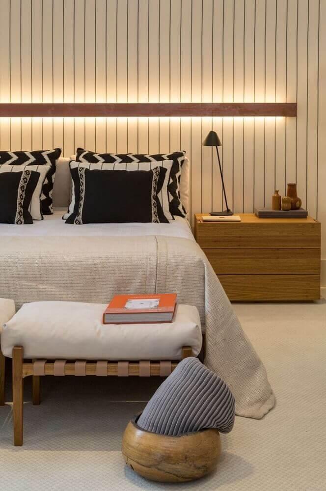 quartos de casal modernos decorado em tons neutros  Foto Pinosy