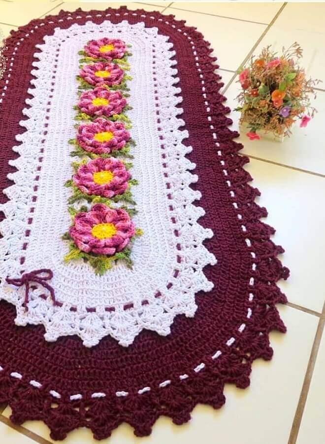 tapete crochê oval com flores  Foto Idy Oliveira - Melanina Artes