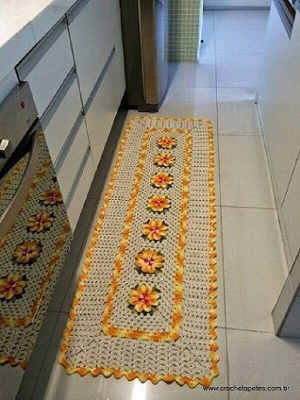 tapete de crochê com flores amarelas para decoração de cozinha Foto Crochê Tapetes