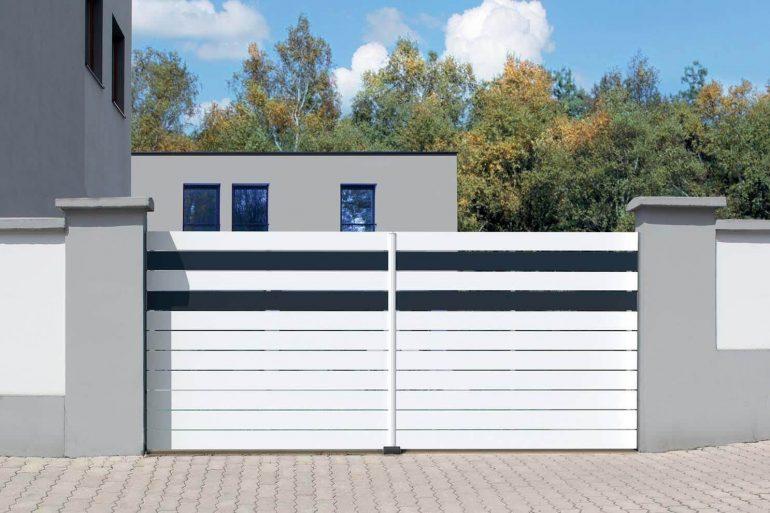 Modelo de portão de ferro branco para fachada de casa