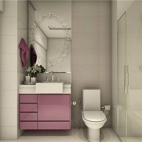 Banheiro pequeno decorado e delicado