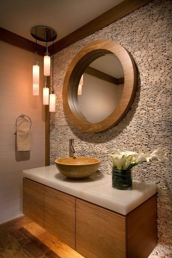 Banheiro pequeno decorado moderno