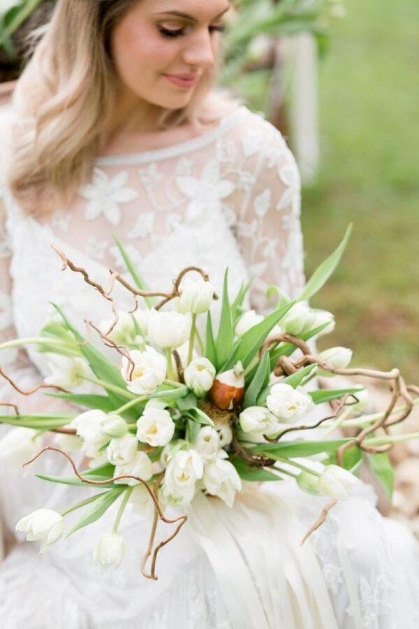 Buquê com tulipas é puro charme e delicadeza