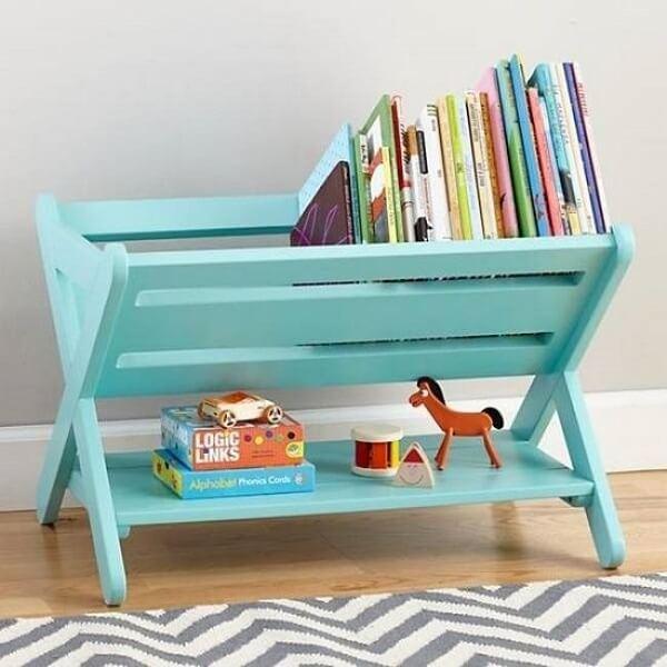Como organizar o quarto com móvel para livros