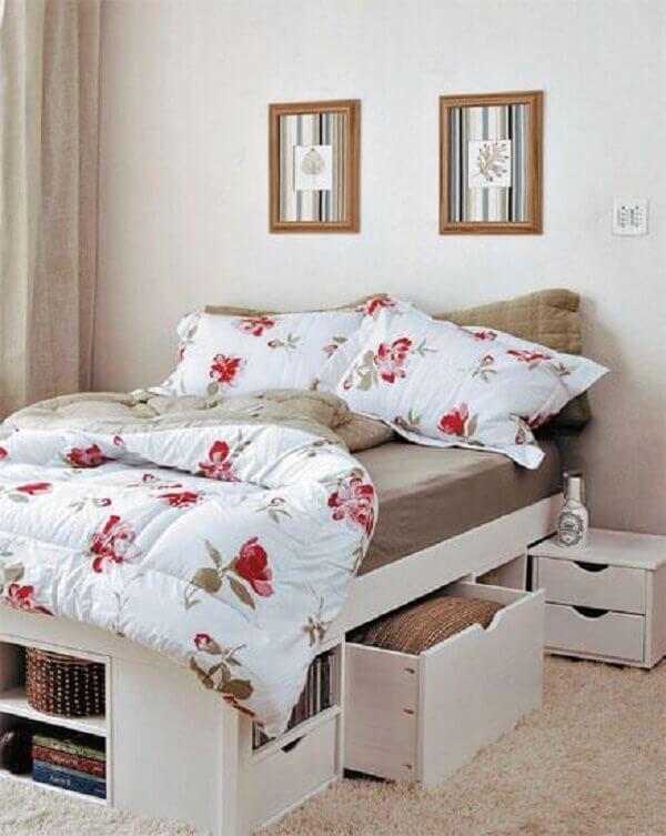 Como organizar o quarto de casal com cama bau ou com gaveteiro