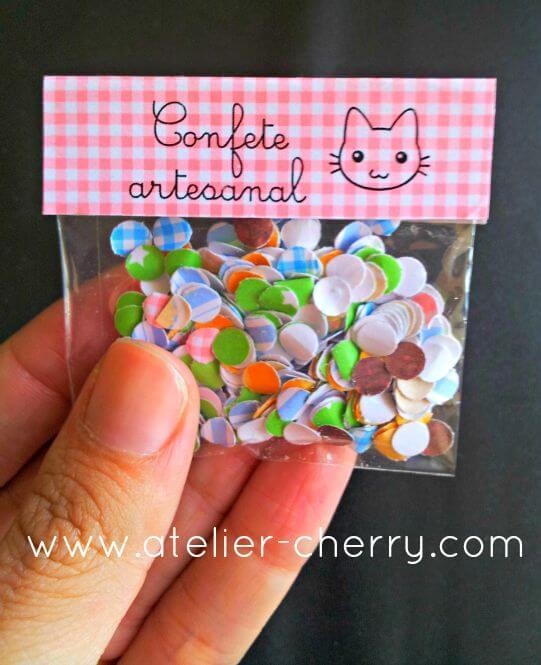 Decoração de carnaval com confetes artesanais como lembrancinha Foto de Atelier Cherry
