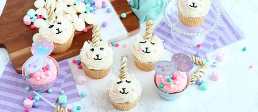 Festa de unicórnio com cupcakes bonitinhos Foto de Fun365