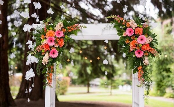 Flores do campo na decoração de casamentos