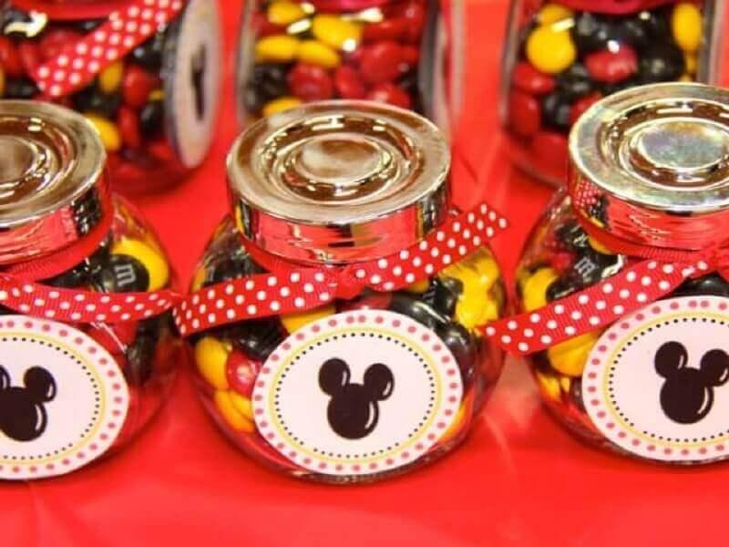Lembrancinhas do Mickey em potinho de vidro Foto Griffin Meadery