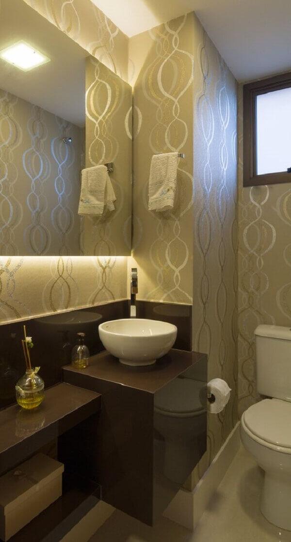 Marrom na decoração de lavabo
