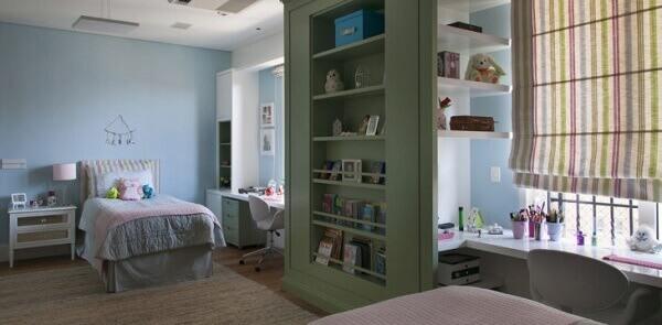 Persianas para quarto com tecido colorido