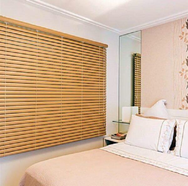 Persianas para quarto de casal de madeira