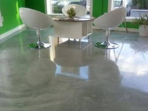 Porcelanato líquido com aspecto de cimento queimado