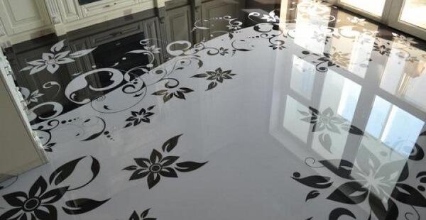 Porcelanato liquido com floral