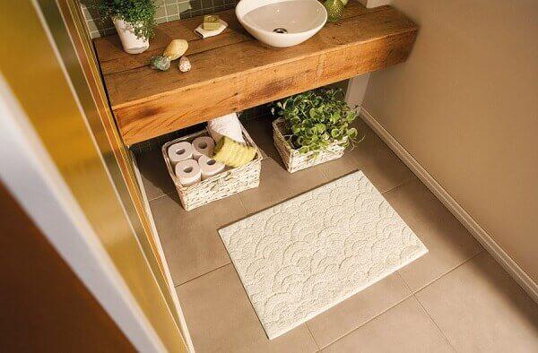Tapete para banheiro bege