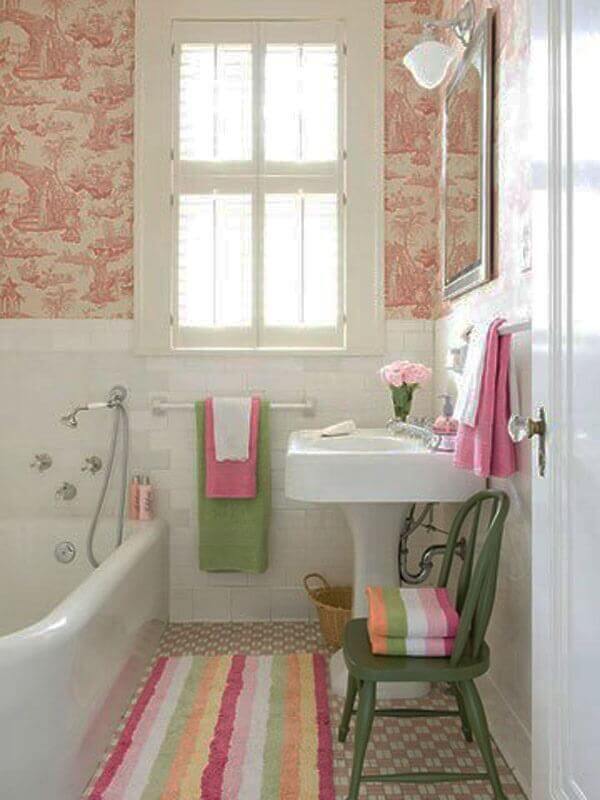 Tapete para banheiro de diversas cores