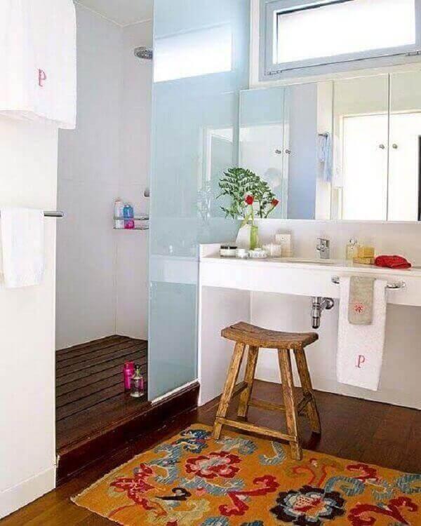 Tapete para banheiro estampa floral