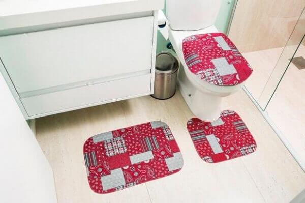 Tapete para banheiro mosaico vermelho