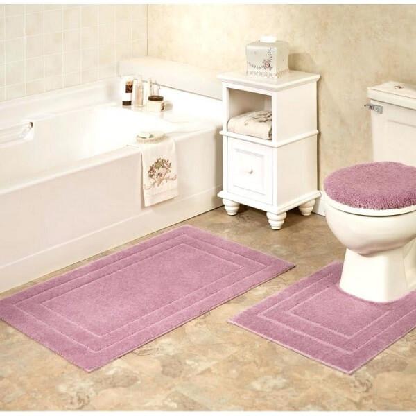 Tapete para banheiro rosa