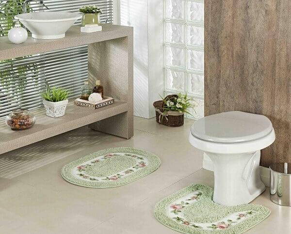 Tapete para banheiro verde claro