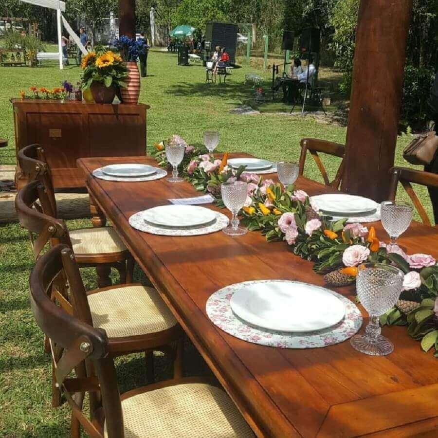 arranjo de mesa de convidados para decoração simples de noivado Foto Angel of Dreams Assessoria