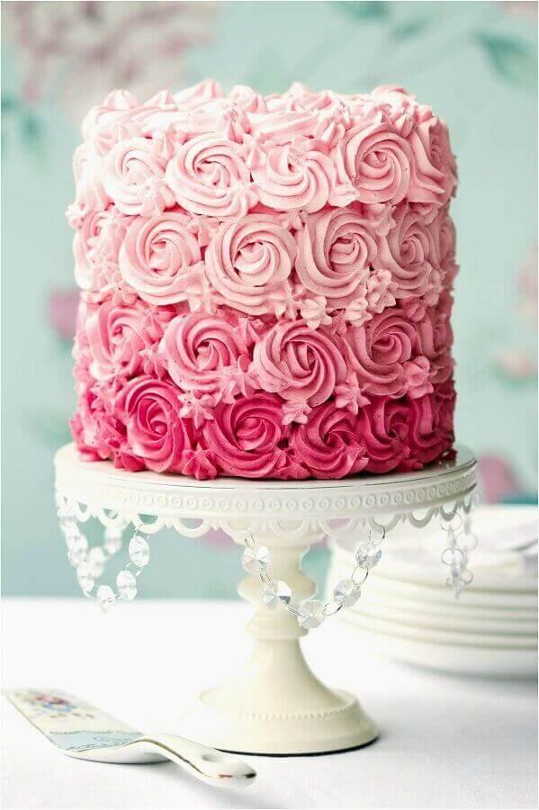 bolo de noivado simples cor de rosa Foto Weddbook