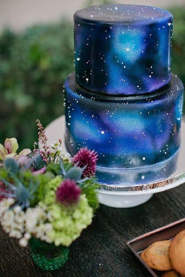 bolos de aniversário decorados dois andares galaxia Foto Pinterest
