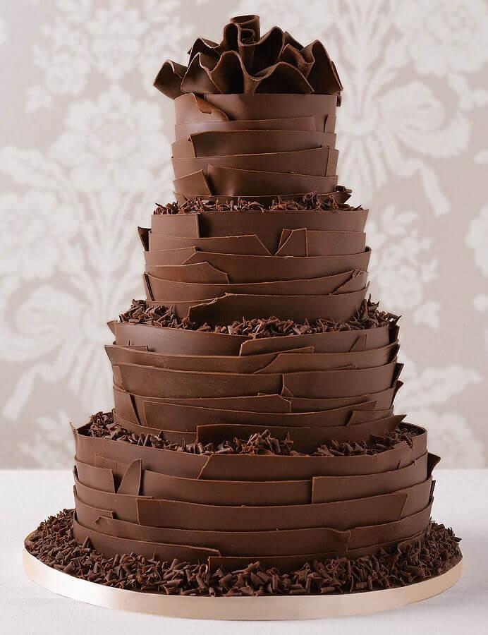 bolos de aniversário decorados todo de chocolate Foto Pinterest