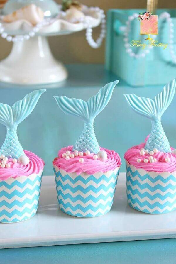 cupcake personalizado com rabo de sereia para decoração de aniversário Foto We Heart It