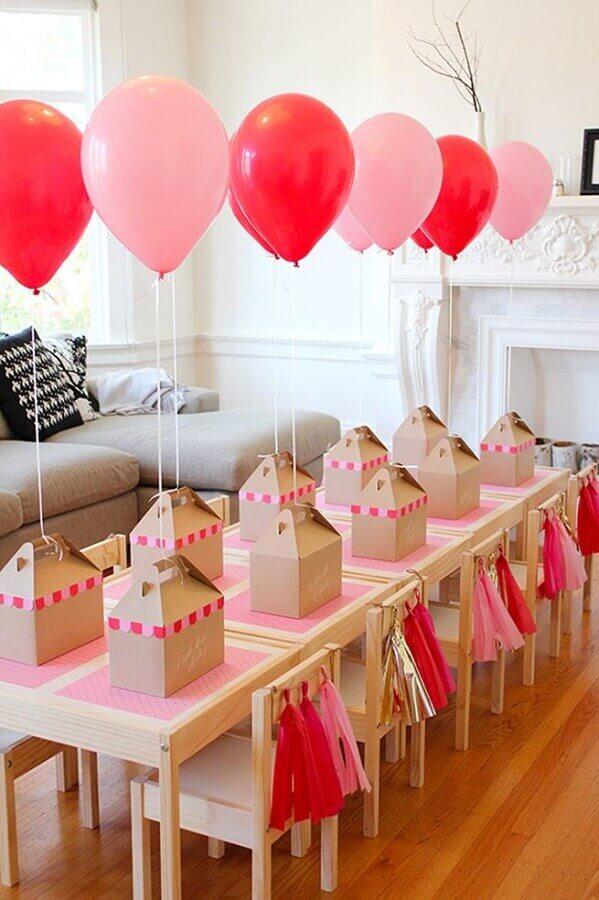 decoração de aniversário simples com balões rosa e vermelhos Foto Kids Bedroom Ideas