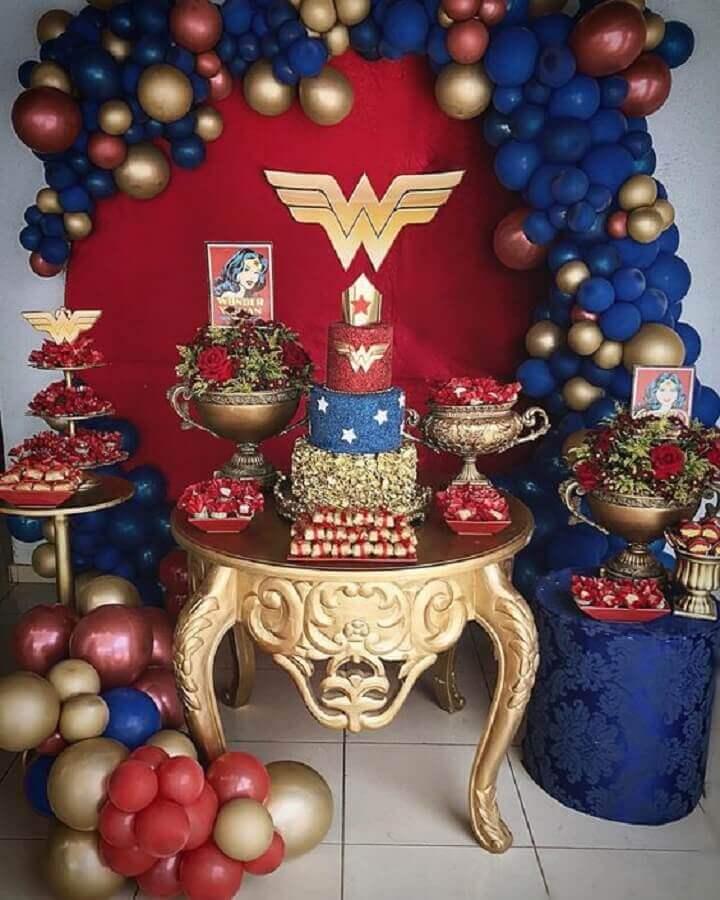 wonder woman theme birthday party decoration Photo Pinterest