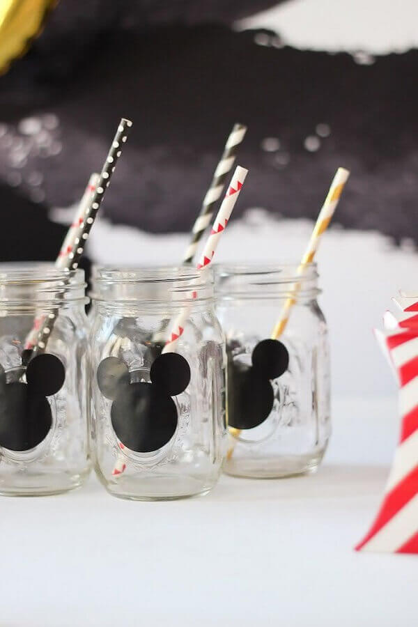 decoração do mickey com copos personalizados Foto Zozu