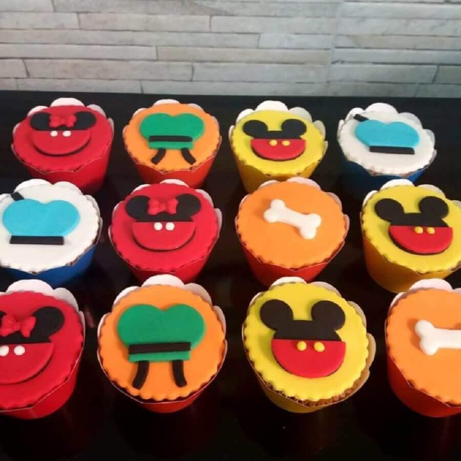 decoração do mickey com cupcakes personalizados Foto Sweet Gourmet