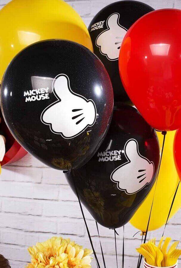 decoração festa infantil mickey simples com balões coloridos Foto Pinterest