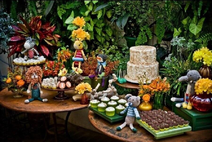 decoração para festa de aniversário bichinhos da floresta Foto Pinterest