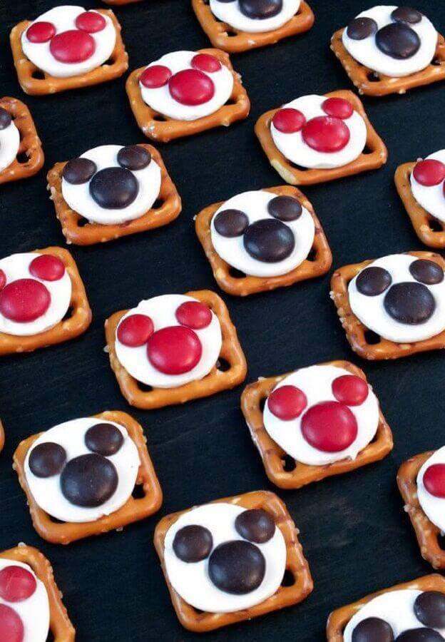 docinhos personalizados para decoração de aniversário do mickey Foto Assetproject