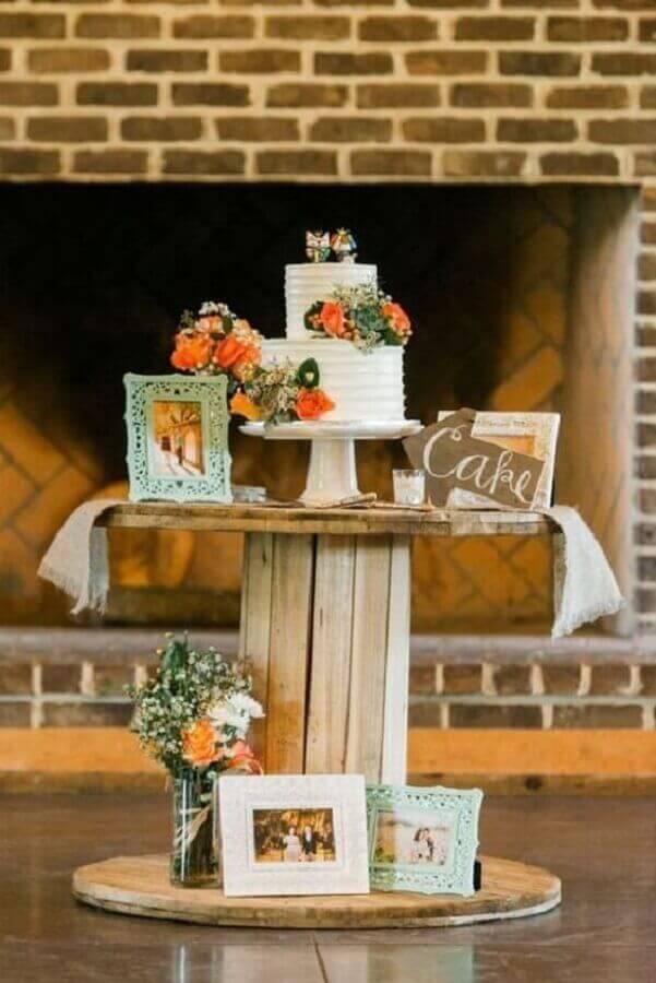 ideia para decoração de noivado simples e rústico Foto Pinterest