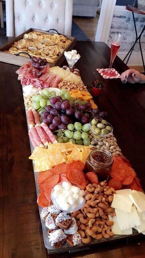 ideia para mesa de frios e frutas Foto Pinterest