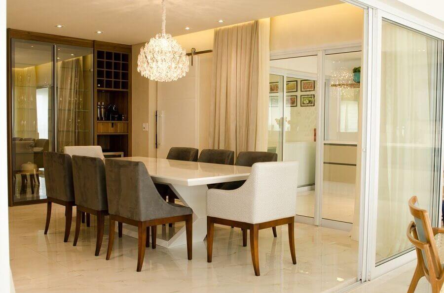 lustres de cristal para sala de jantar clássica Foto Paula Gabriel