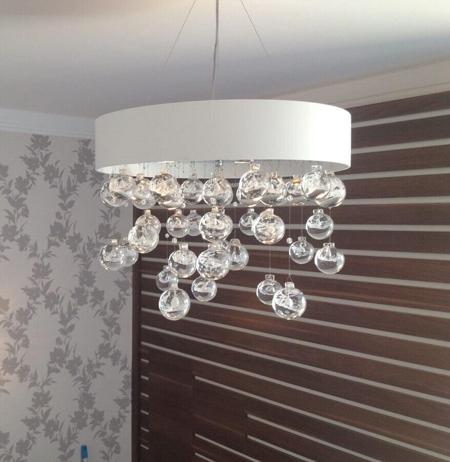 modelo simples de lustre de cristal Foto SA Engenharia e Arquitetura