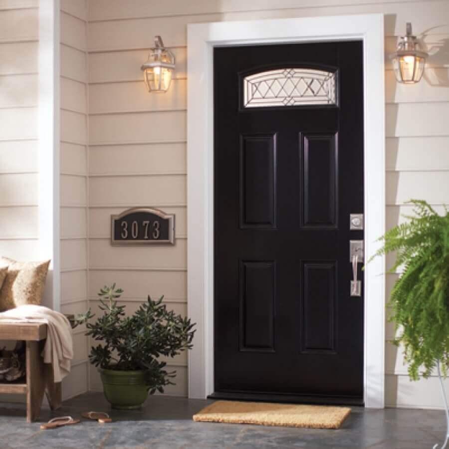 porta de entrada preta com capacho tradicional Foto Design Ideas For Home