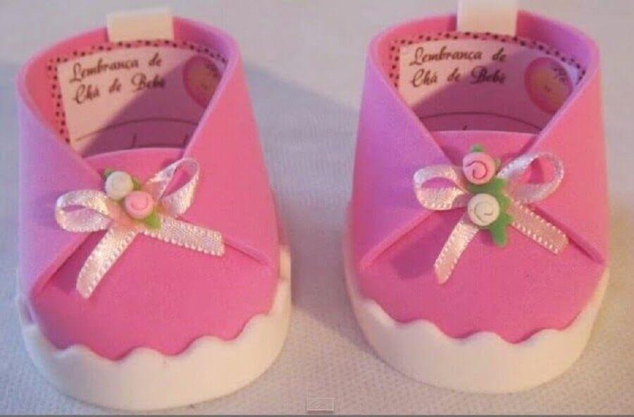 sapatinho rosa como lembrancinhas de chá de bebê de eva  Foto Anna Atelier de Personalizados