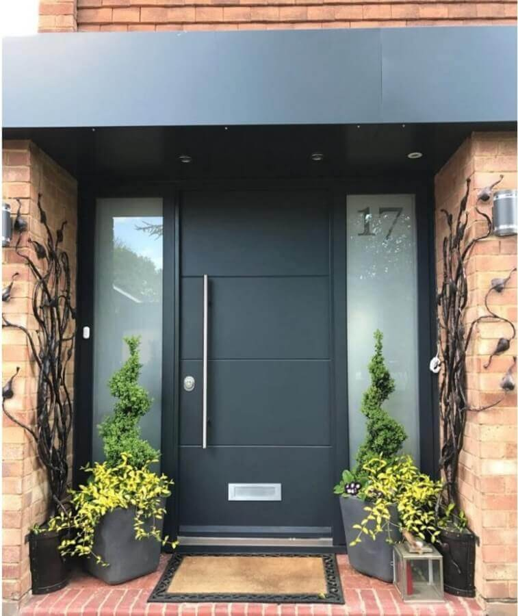 tapete para porta de entrada preta Foto Pinosy
