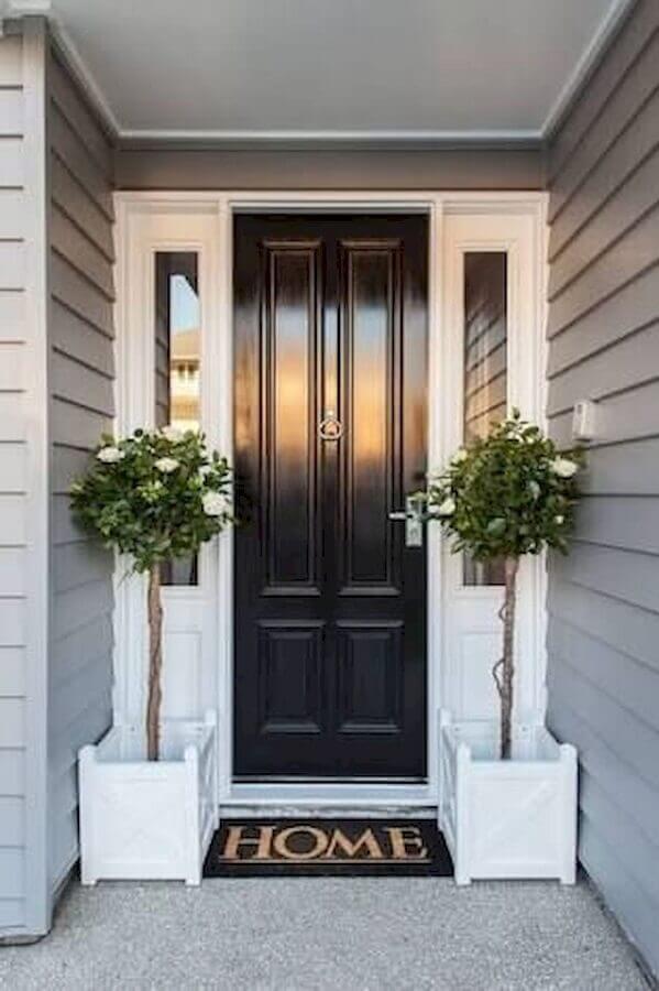 tapete para porta de entrada preta Foto Westmade Homes
