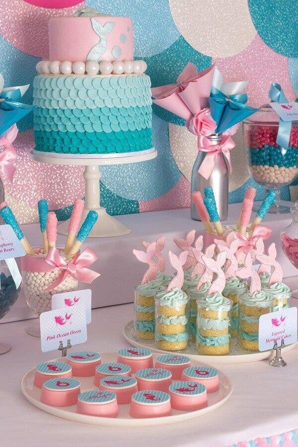 tema sereira para decoração de aniversário menina azul e rosa Foto Soñar Assessoria