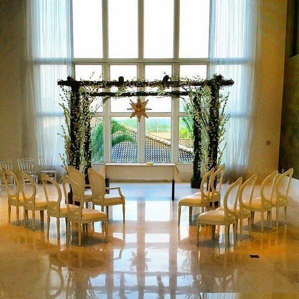 Altar batizado filho Ana Hickmann