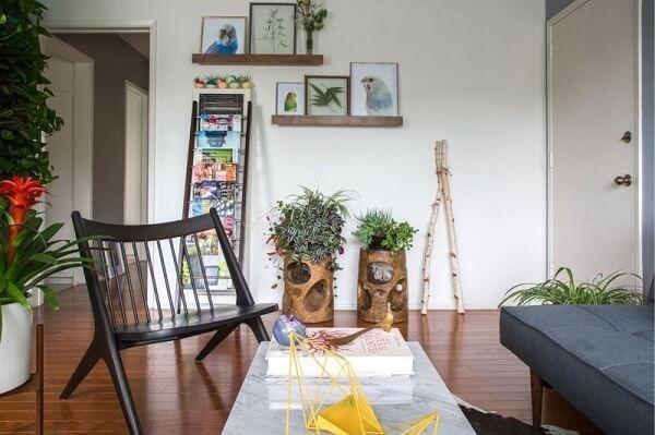 As plantas para sala moderna de apartamento realçam a decoração